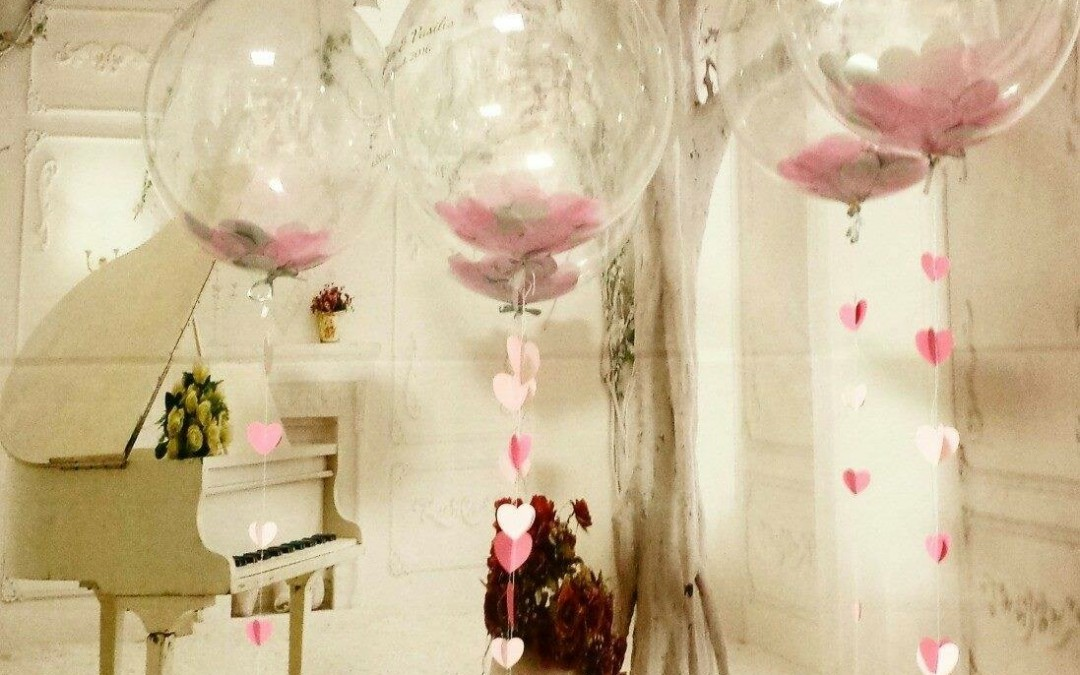 PINTERESTMANIA TRAINING COURSE, Creating the WOW Factor with 3ft Latex Balloons, Confetti Balloons, Bubbles, Tulle and lights.