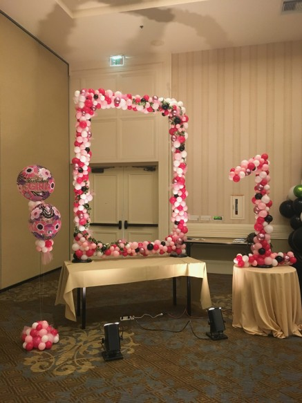 Photo Frame, Table Bouquets and Number in place